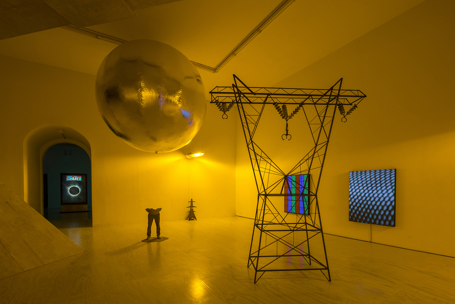 2.mark-leckey-containers-and-their-drivers-at-moma-ps1-new-york.jpg
