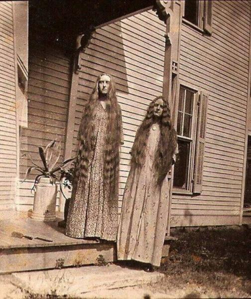 creepy-vintage-photos-9[1].jpg