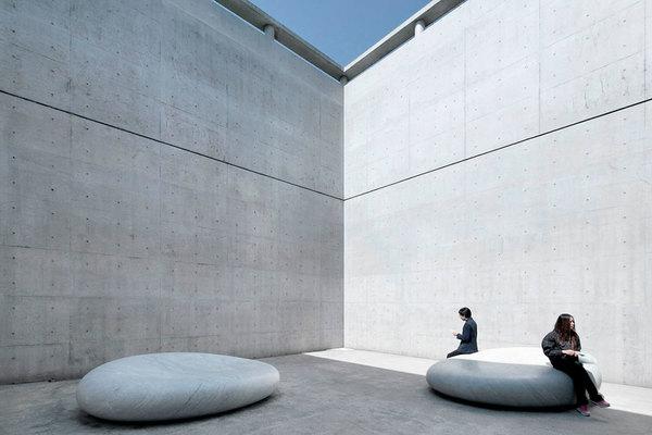 Benesse-House-Tadao-Ando-ArchEyes-6.jpg