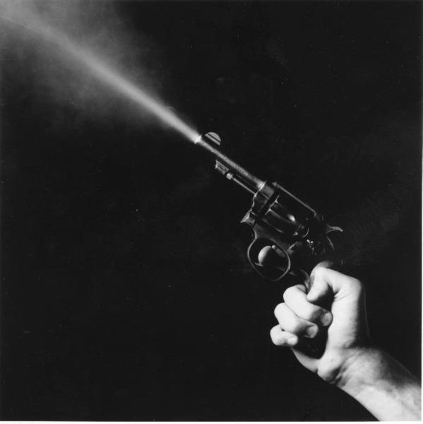 Robert Mapplethorpe, Gun Blast (1985)