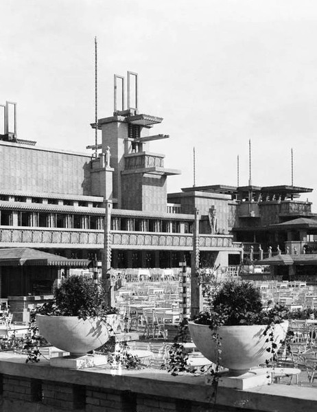 Frank Lloyd Wright's Midway Gardens, a dining and concert facility at Cottage Grove Avenue and 60th Street where ballerina Anna Pavlova and jazz great Benny Goodman performed, was 15 years old when it was knocked down in 1929 and replaced with a gas station and carwash.