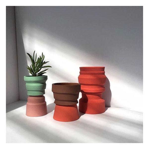 "47 Likes, 1 Comments - @marimasot on Instagram: ""🌱🌱🌱 . #ceramic #ceramics #ceramica #ceramicart #CREmerging #pottery #stoneware #handmade..."""