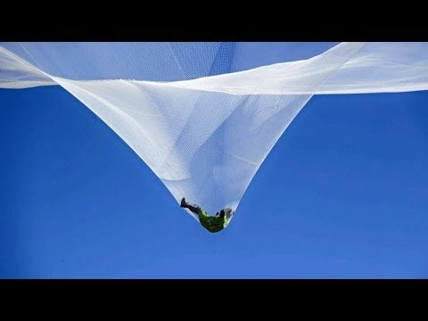 Millions of people across the globe held their breath as American skydiver Luke Aikins jumped out of a plane to fall into a net 25,000 feet (7,620 m) below. The daring stunt is now in the history books as the first complete jump without a parachute.