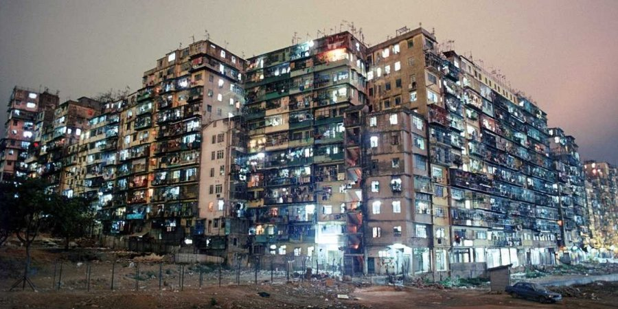 26-photos-of-hong-kongs-chaotic-kowloon-walled-city-once-the-most-crowded-place-on-earth.jpg