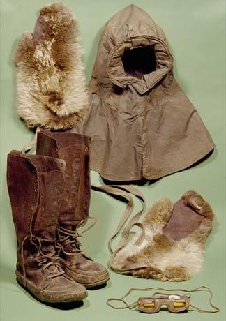 fad6a0ce18a8ef371f74474332ea7c70-scotts-clothing-robert-falcon-scott.jpg