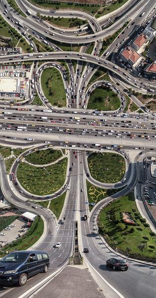 aydin-buyuktas-flatland-warped-cityscapes-designboom-02.jpg