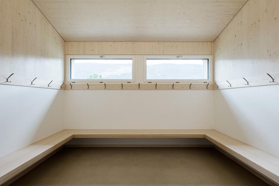 Menzi Bürgler Architekten - Sports hall, Matzendorf 2016