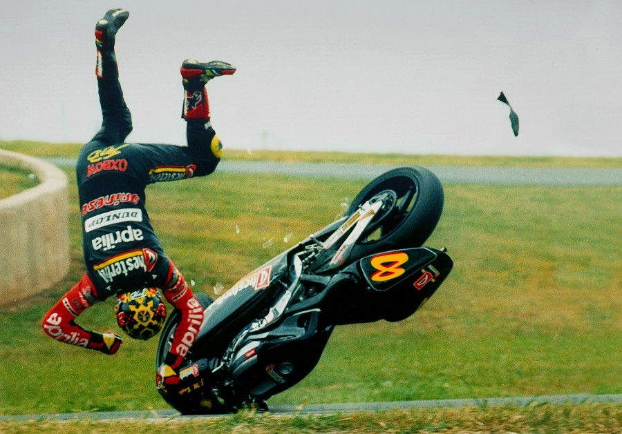jean-michel-bayle-road-race-crash.jpg