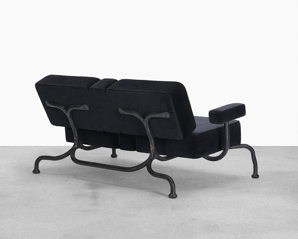 Atelier Van Lieshout_Bad Club Sofa (2007)