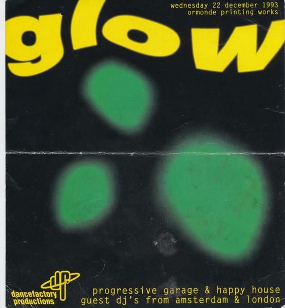 Glow_22121993.jpg