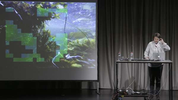 Doreen Mende: Industrialization of Thought. Kowdo Eshun, Glissantbot. Response by Nick Houde. HKW, Berlin