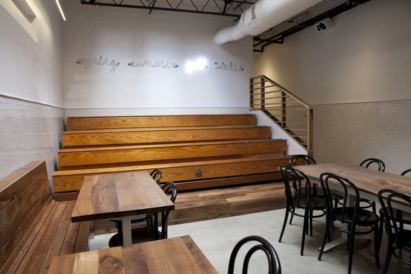 https://philly.eater.com/2015/10/14/9529087/sweetgreen-opening-new-rittenhouse-philly#1