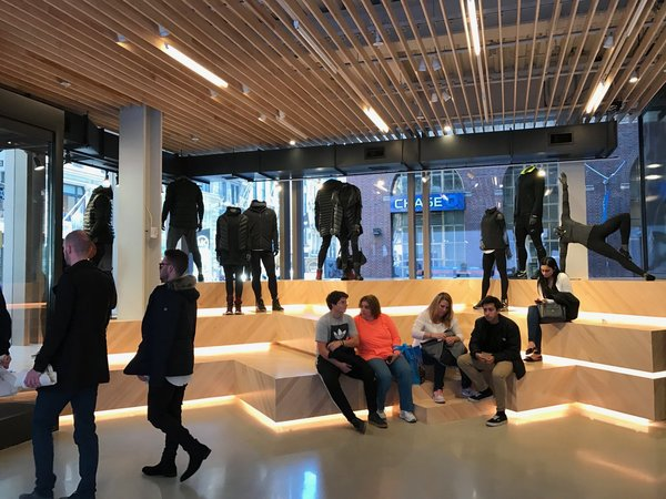 http://theopinionator.com/nikes-new-flagship-opens-in-soho-55000-sq-feet-of-immersive-experiences/
