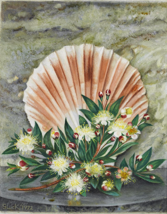 Hannah Gluckstein - Still life with a scallop shell and blossom (1972)