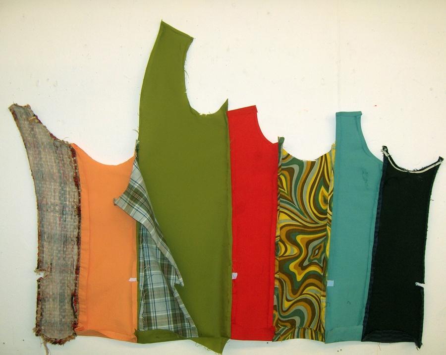 2008 Chloe Collomp - Fence Like Design