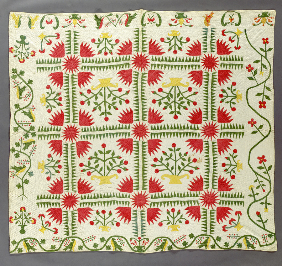 Quilt, Variation on 'New York Beauty' United States, Illinois, circa 1840