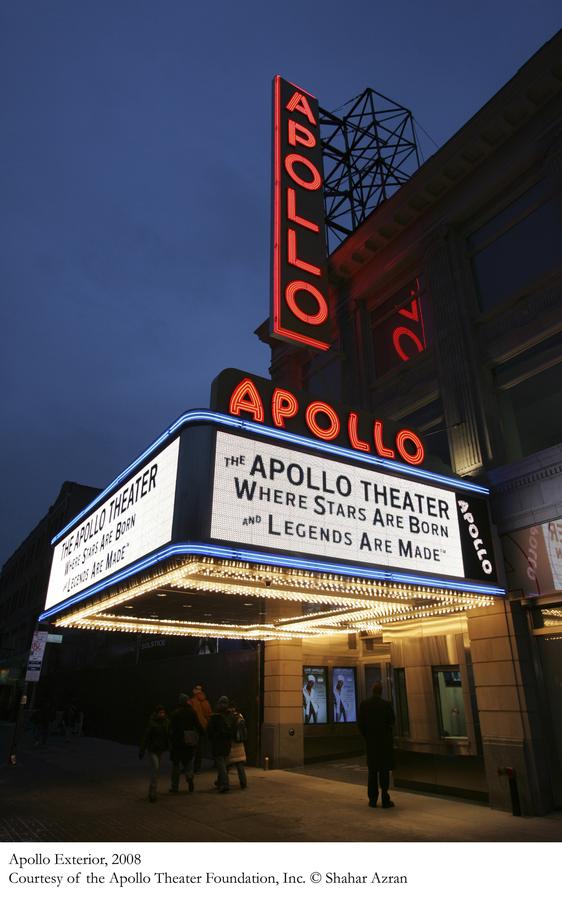 Apollo-Theater-Facade-2008.JPG