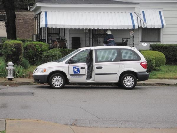 USPS_delivery_van_Memphis_TN.jpg