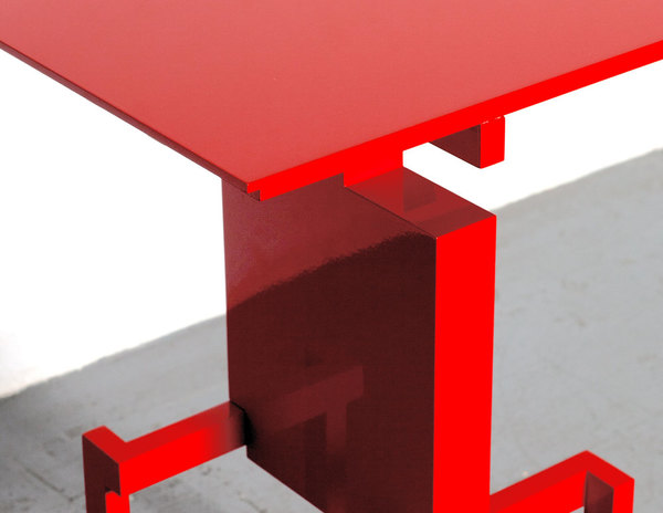 Studio-Pascal-Howe_Covered-Identity-Dining-Table_hoch_2.jpg
