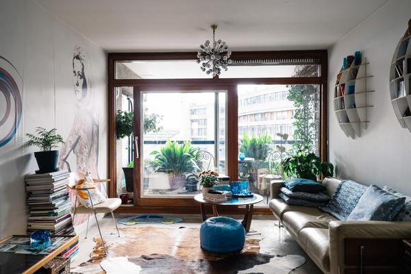 barbican-residents-photography-book-anton-rodriguez-residential-interiors-wendy_dezeen_2364_col_3.jpg