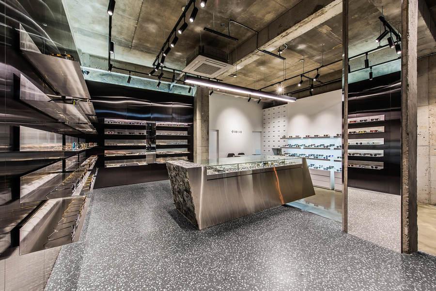 Niiiz_Design_Lab-Vavas-Projekt_Produkt_Eyewear_Shop-05.jpg