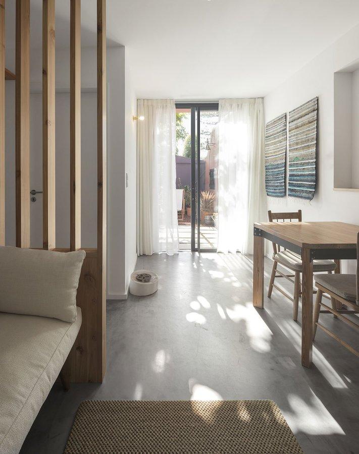 s10_pink_house_ponta_delgada_portugal_mezzo_atelier_yatzer.jpg