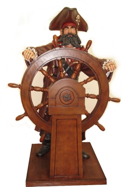 pirate-with-wheel-front11.jpg
