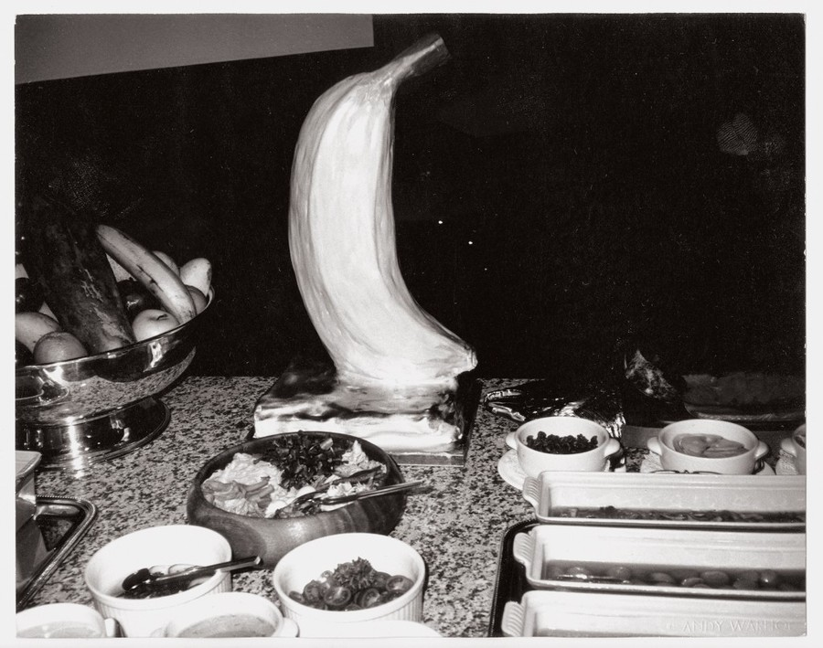 andy-warhol_buffet-table-1982-1024x807.jpg