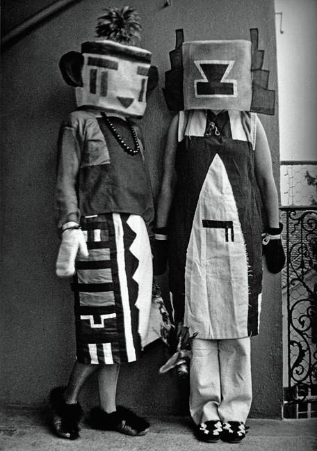 Sophie-Tauber-Arp-and-her-sister-1916-dressed-in-costumes-that-Tauber-Arp-designed-for-an-interpretive-dance-to-a-poem-by-Hugo-Ball..jpg