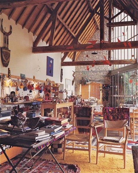 Calder at home