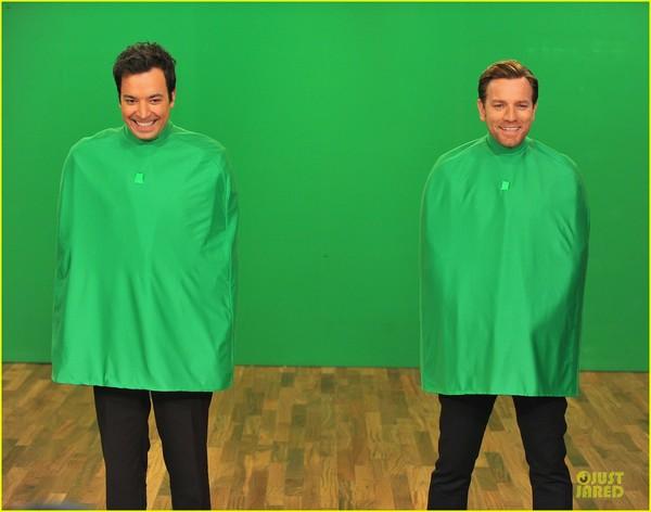 ewan-mcgregor-green-screen-fun-with-jimmy-fallon-11.jpg