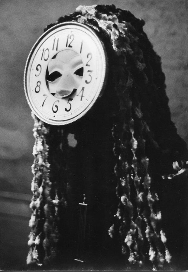 VeronikaMinder-ArtDecor-ItsNiceThat-MaskedBall1960.jpg