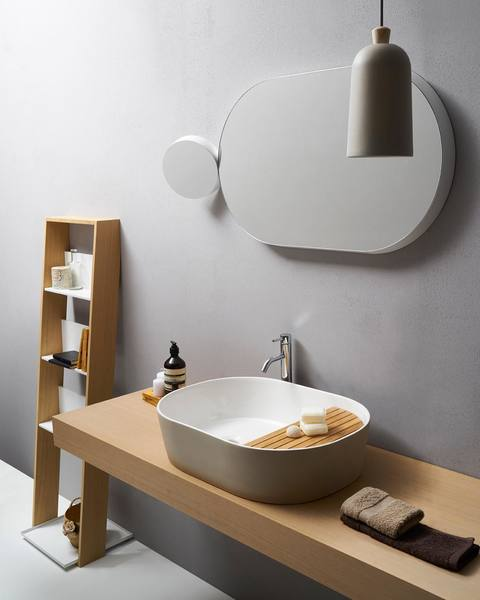 Working with @samuel_wilkinson and @normarchitects, @ext_design is expanding their #bathroom #designs to include two new #modern mirrors and a #sink console that could transform any bathroom space. More on designmilk.com.