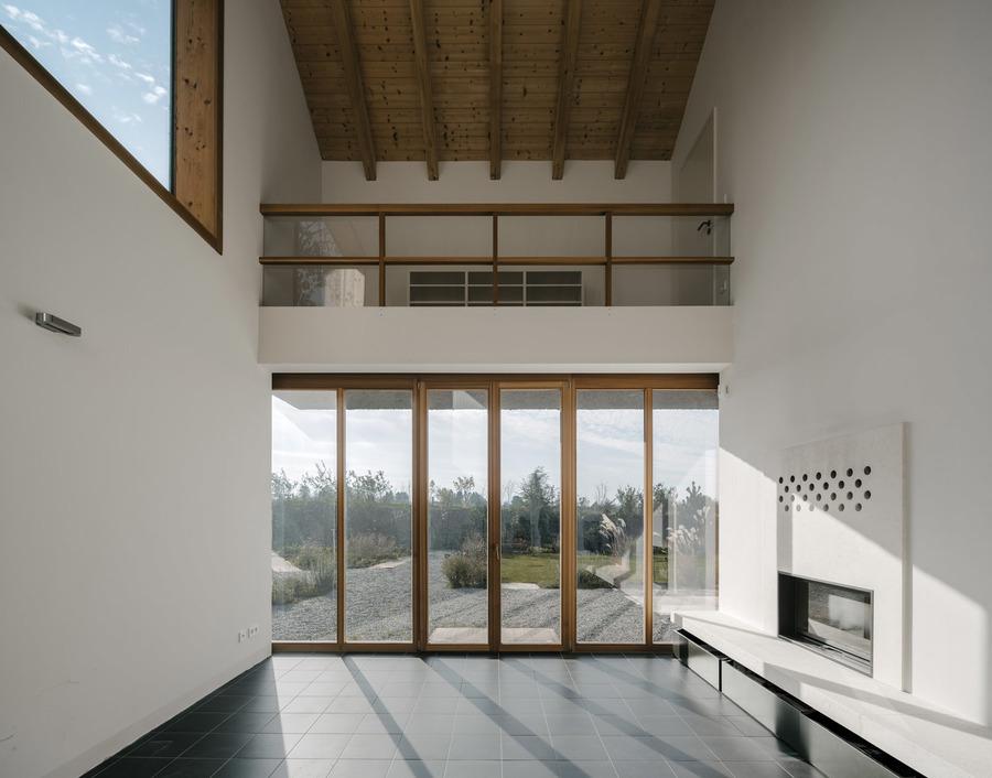 17-11-Am-Feldrand-Atelier-ST_Simon-Menges_LoRes_18.jpg