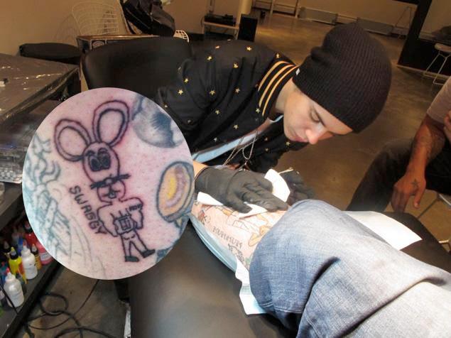 justin-bieber-mouse-tattoo-swaggy-bang-bang.jpg