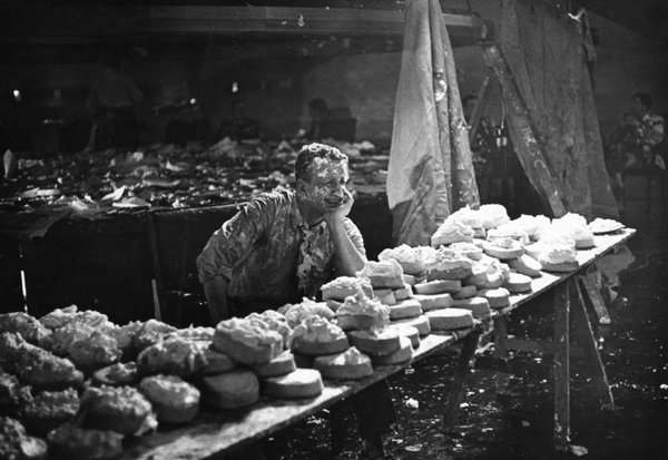"""Photo from DR. STRANGELOVE's tragically scrapped """"Pie Fight"""" scene, which Kubrick originally wanted to end the film (and the world)"""
