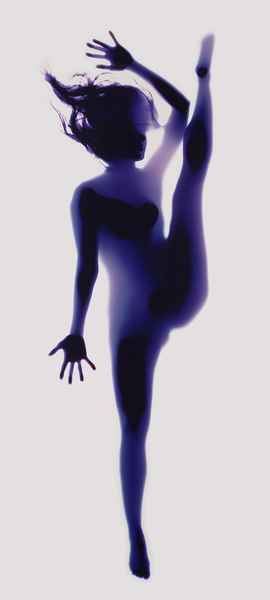 rob-and-nick-carter-yoga-photogram-designboom-05.jpg