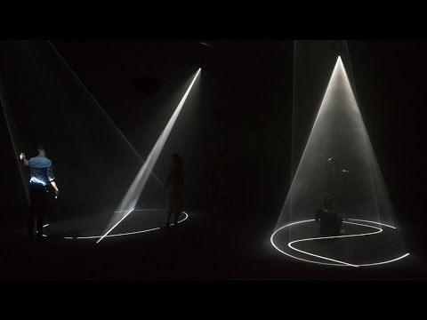 Anthony McCall introduces 'Crossing'