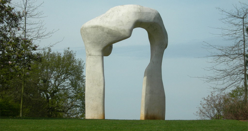 Henry Moore - The Arch from 1980
