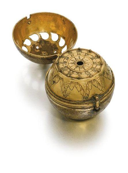 16th-Century-clock-watch.jpg