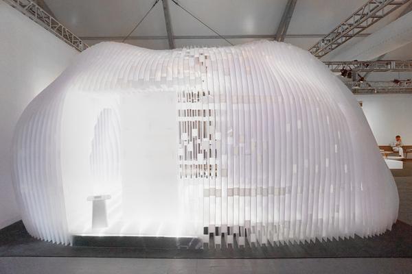 kengo-kuma-design-miami-tea-pavilions-galerie-philippe-gravier-designboom-04.jpg