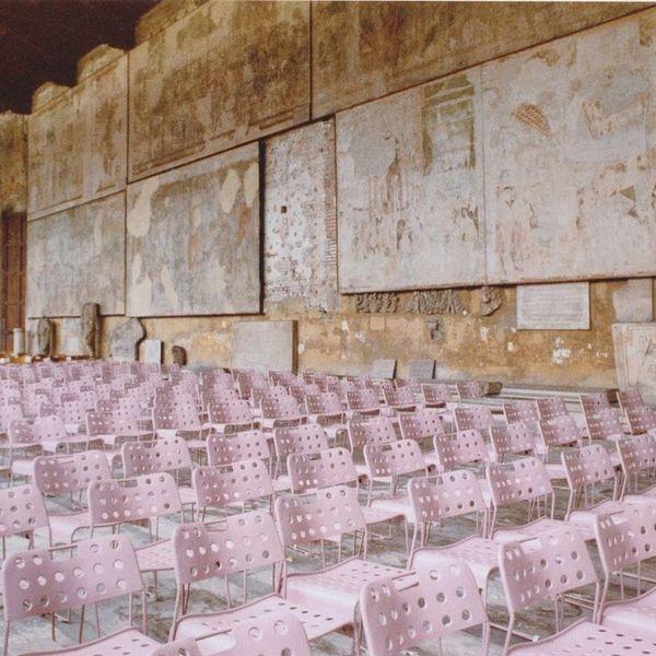 f7358d7a52e3a7b7c25eaec4390f502e-pink-chairs-colour-photography.jpg
