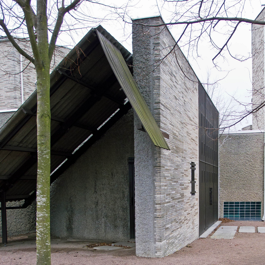 sigurd lewerentz, malmo eastern cemetery chapel