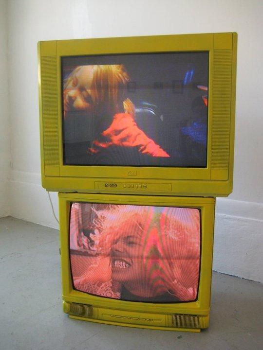 Dave GreberThe Bet2-Channel Video Installation, 2011