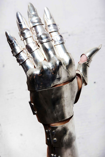 Armor Gloves Gauntlets by Fangophilia...