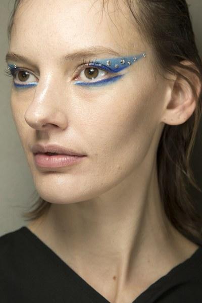 prada-make-up-3.jpg