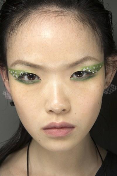 prada-make-up-2.jpg