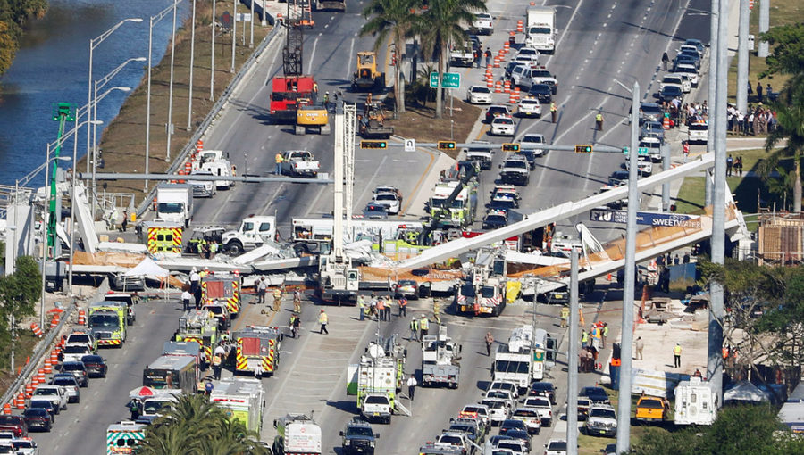 Aerial view shows a pedestrian bridge collapsed at Florida International University in Miami, Florida, U.S., March 15, 2018. Photo by Joe Skipper/Reuters