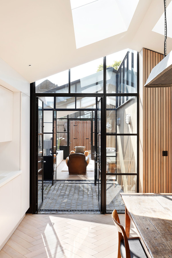 s1_courtyard_house_london_de_rosee_sa_yatzer.jpg