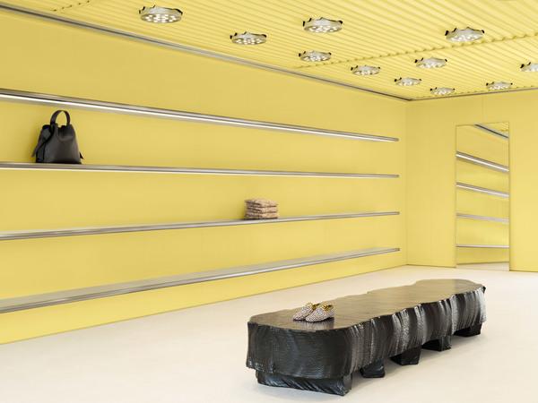 acne-west-hollywood-interiors-retail-yellow-california-usa_dezeen_2364_col_1.jpg
